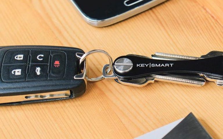 Gantungn Kunci Pintar KeySmart Kunci Mobil