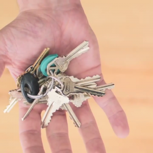 Gantungn-Kunci-Ring-Berantakan